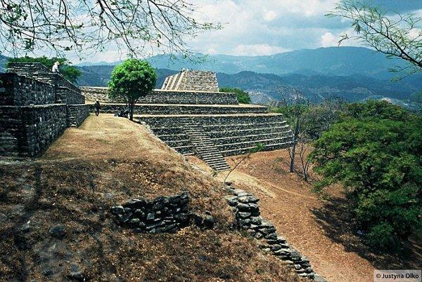 Mixco Viejo, Gwatemala © Justyna Olko