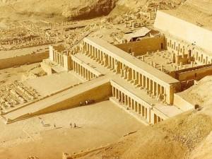 Świątynia Hatszepsut, Ian Lloyd, CC BY-SA 3.0