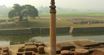 Filar z czasów Aśoki w Vaishali, Bihar, Indie