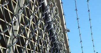 prison-482619_640