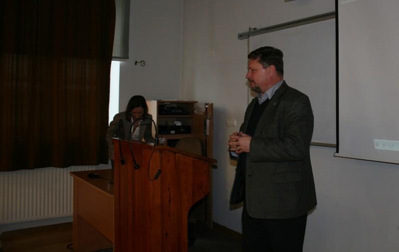 dr Bartosz Jozwiak, poseł, archeolog i Sylwia Domaradzka z Instytutu Archeologii UW