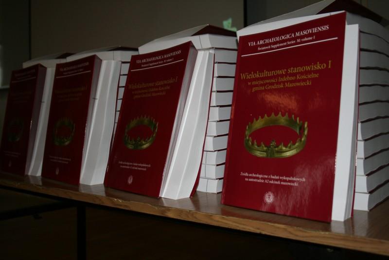 Jeden egzemplarz czeka na czytelnika Archeolog.pl (Fot. S.Domaradzka)